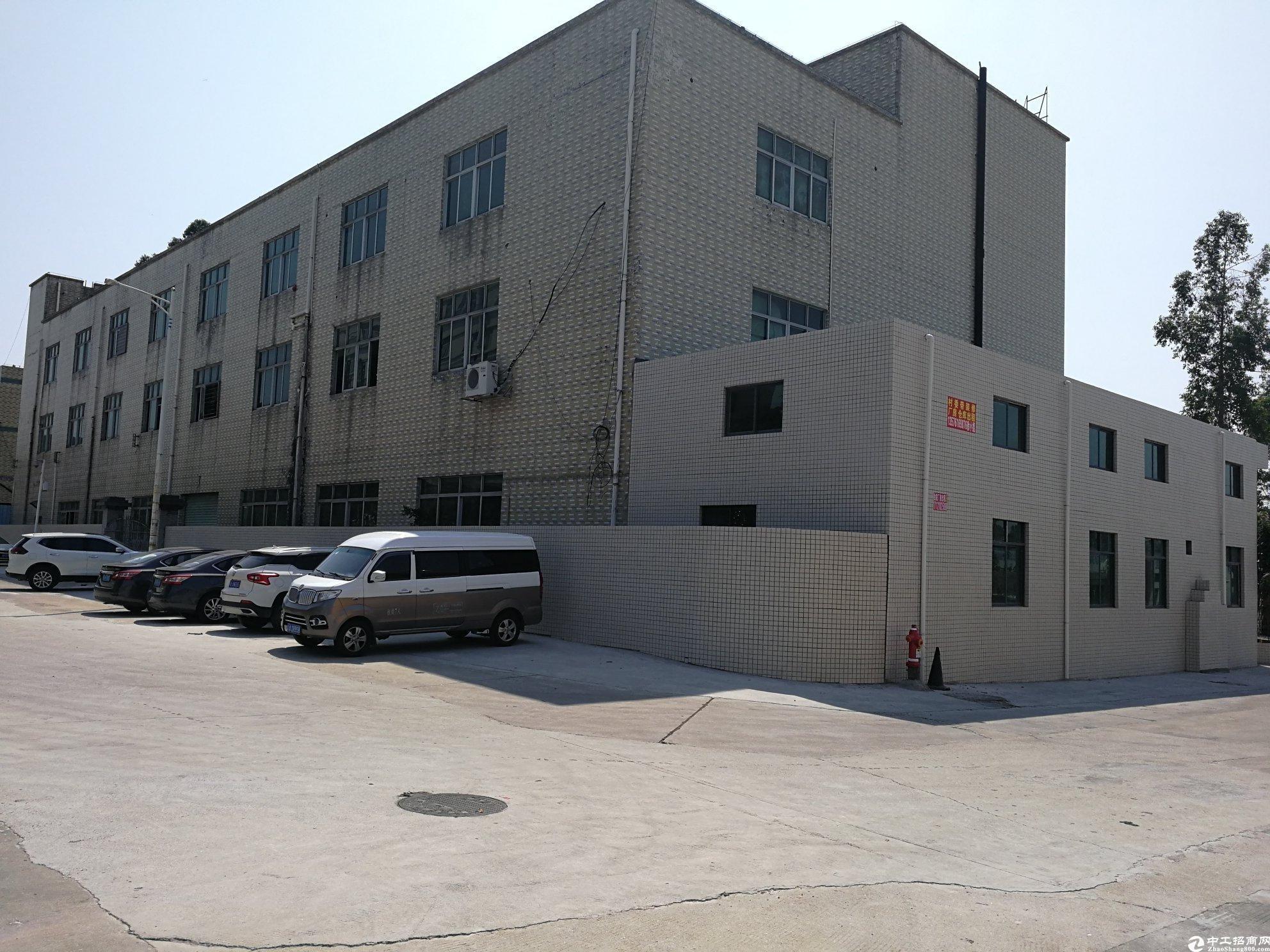 深圳高速口工业区3800平村委厂房出售