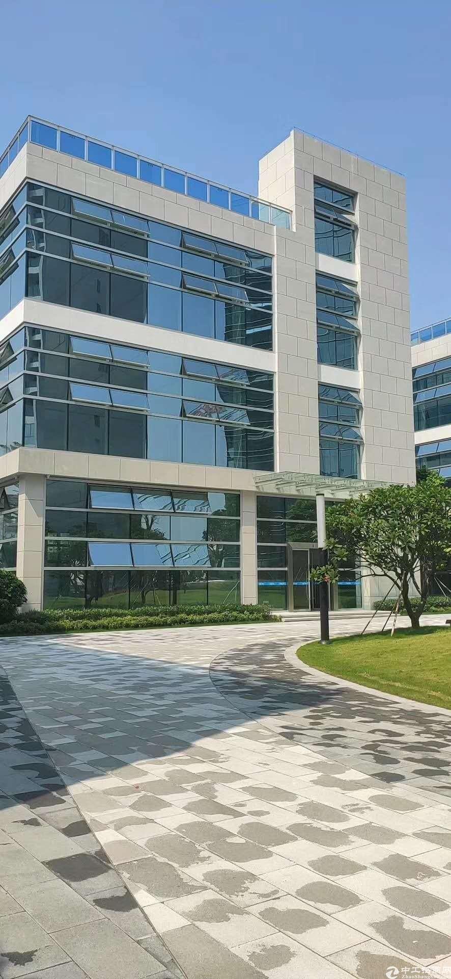 布吉独栋厂房,1-3层2100平方企业总部,展厅,办公+仓库
