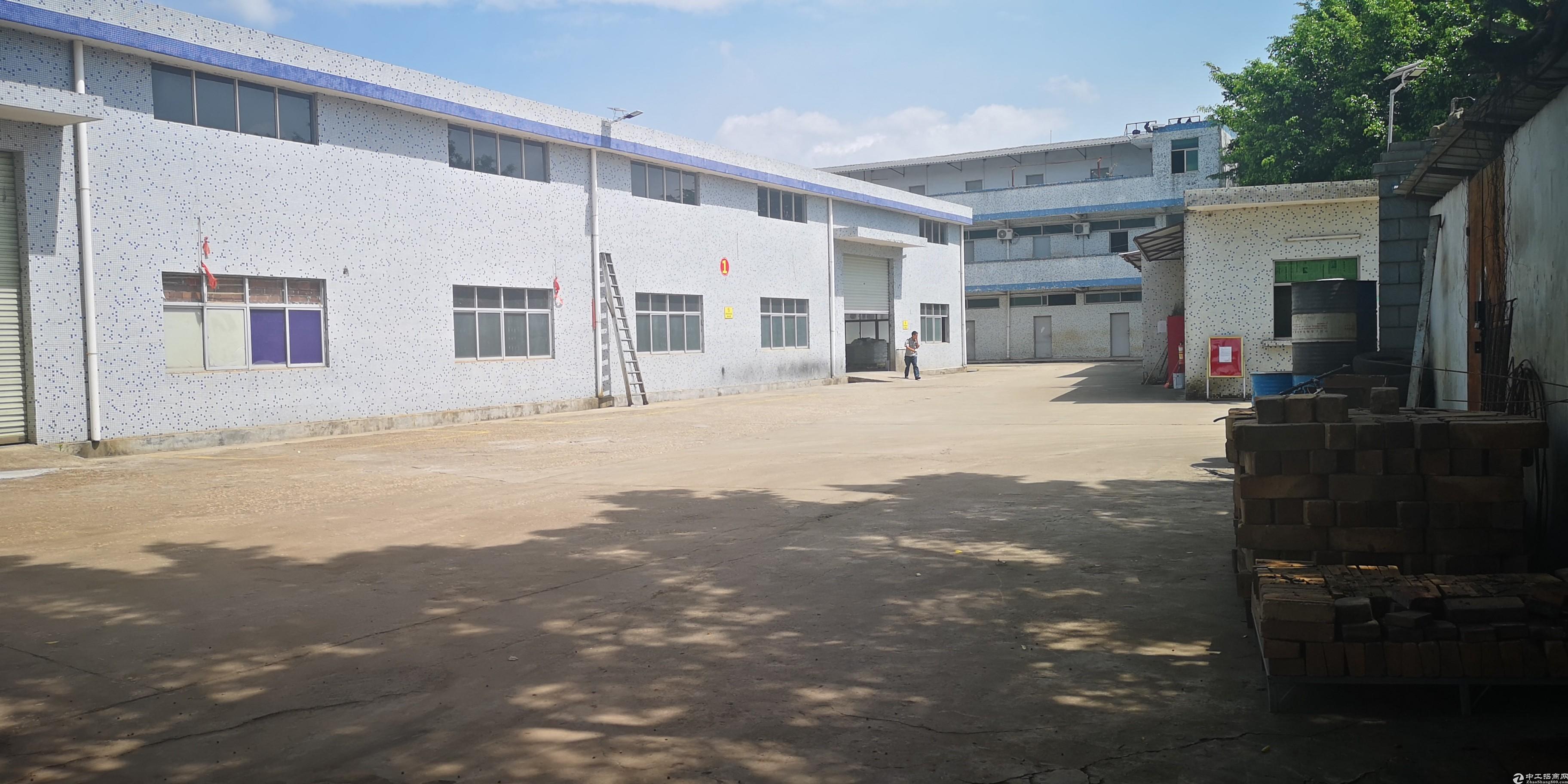 布吉木棉湾960平厂房仓库出租,近主道,空地足大车可调头