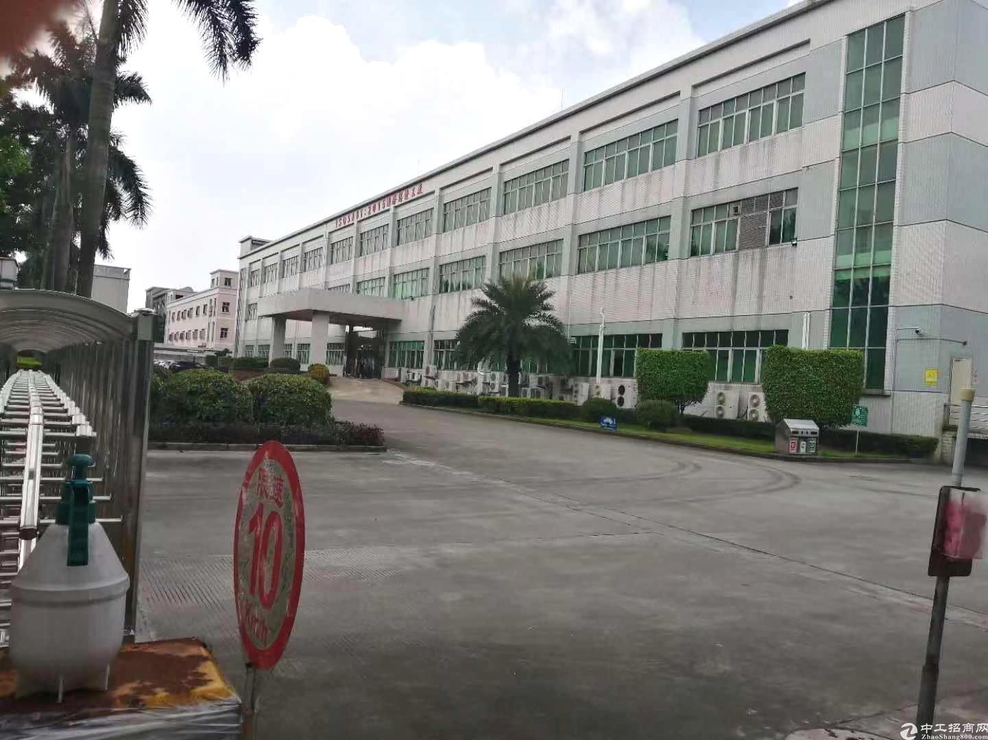 光明新区独院15300平楼房厂房仓库出租超大空地带卸货平台