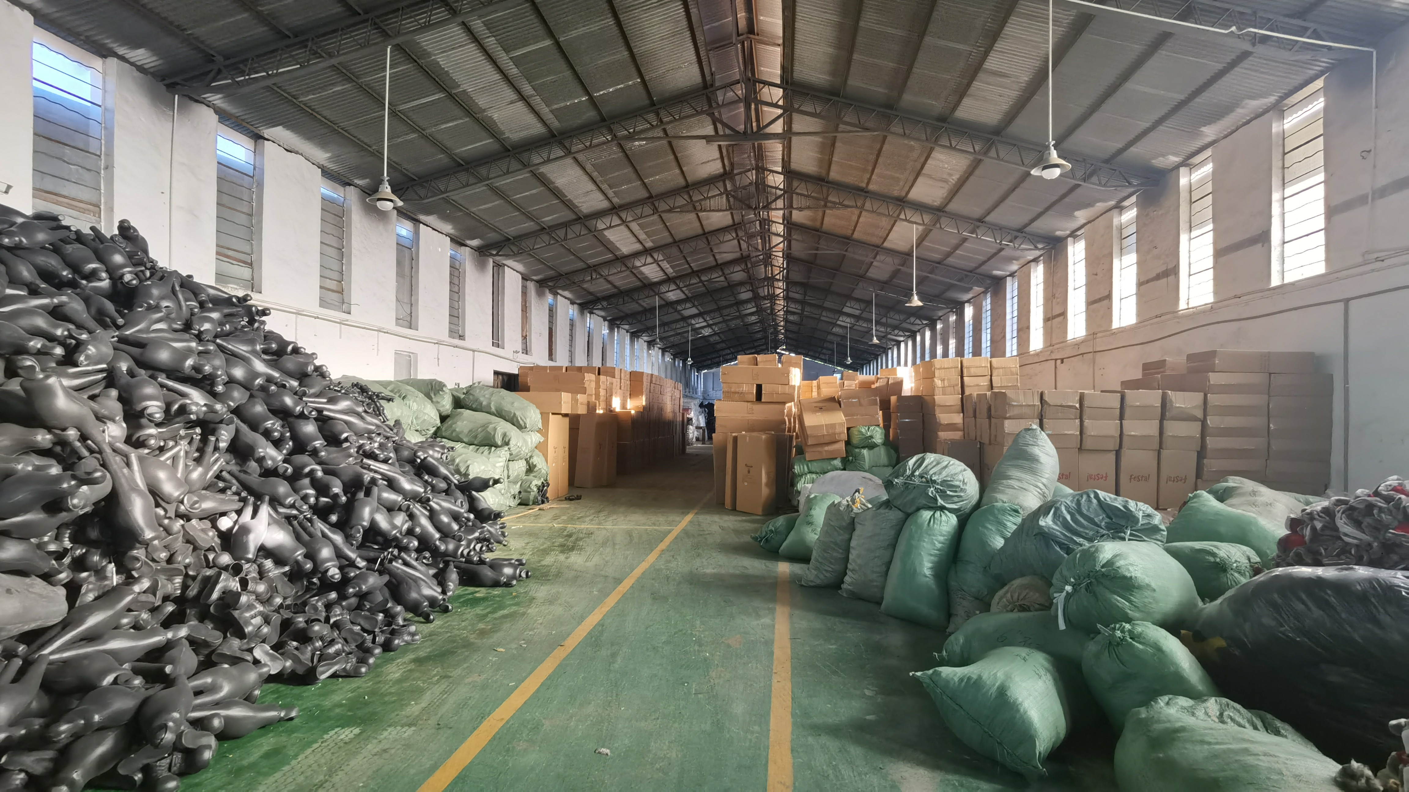 坪山坑梓秀新新出980平米钢构厂房出租适合物流仓库等行业