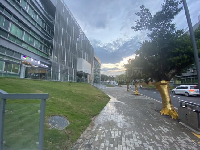 315电天安数码厂房8000平独院,可办公、仓库,层高5米。