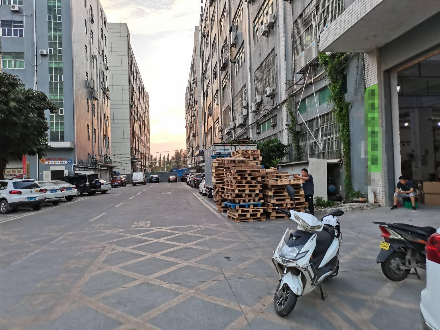 福永福州大道一楼1100平厂房出租物流仓库招租