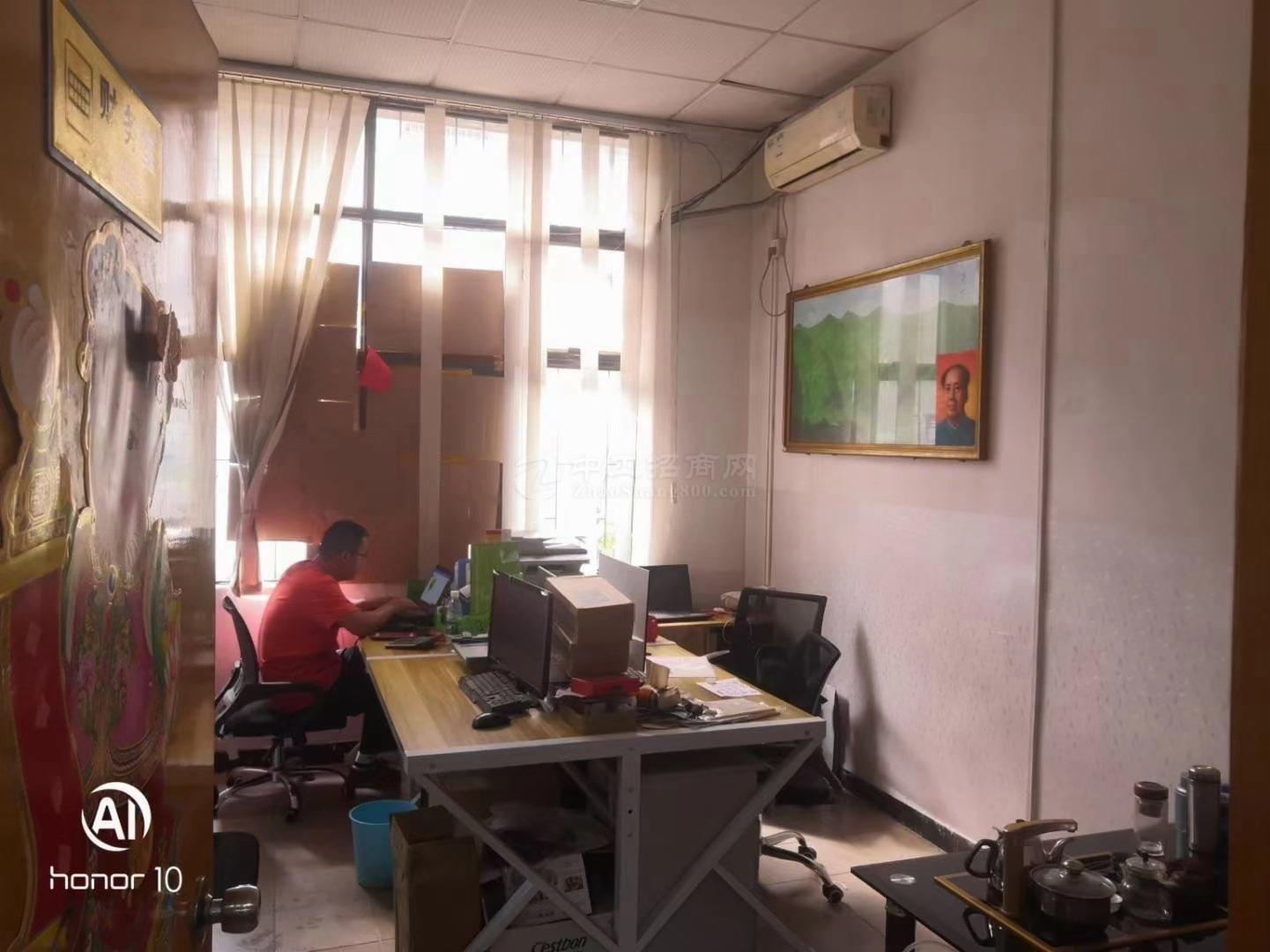 (带装修)福永107国道500平带装修物流仓库招租可做生产。