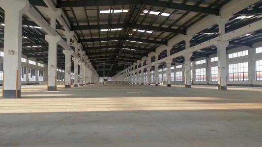 临近大广高速交可当仓库厂房750平方另带一亩半停车场