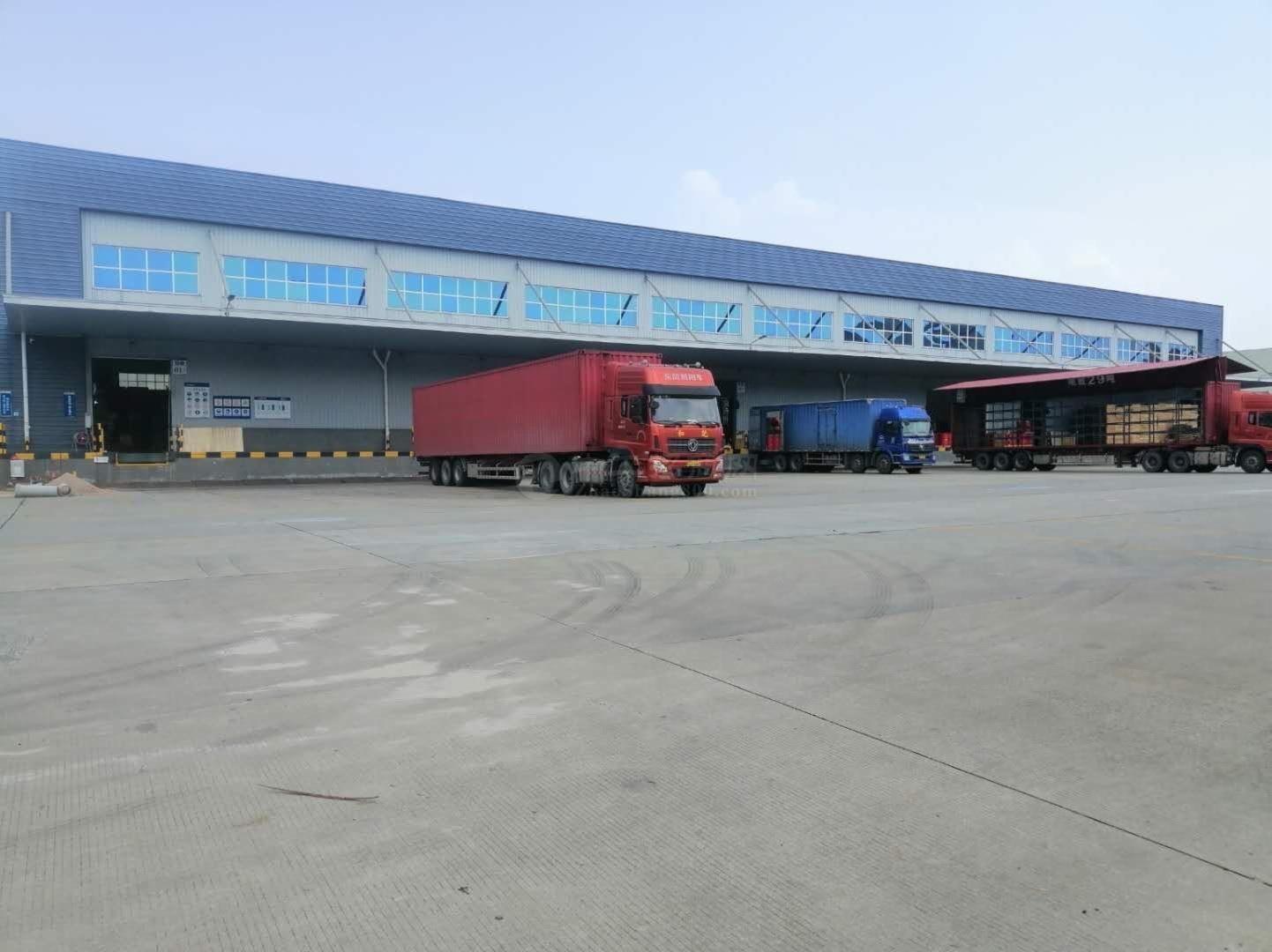 石岩1000平至20000平带卸货台喷淋物流仓库出租可分租