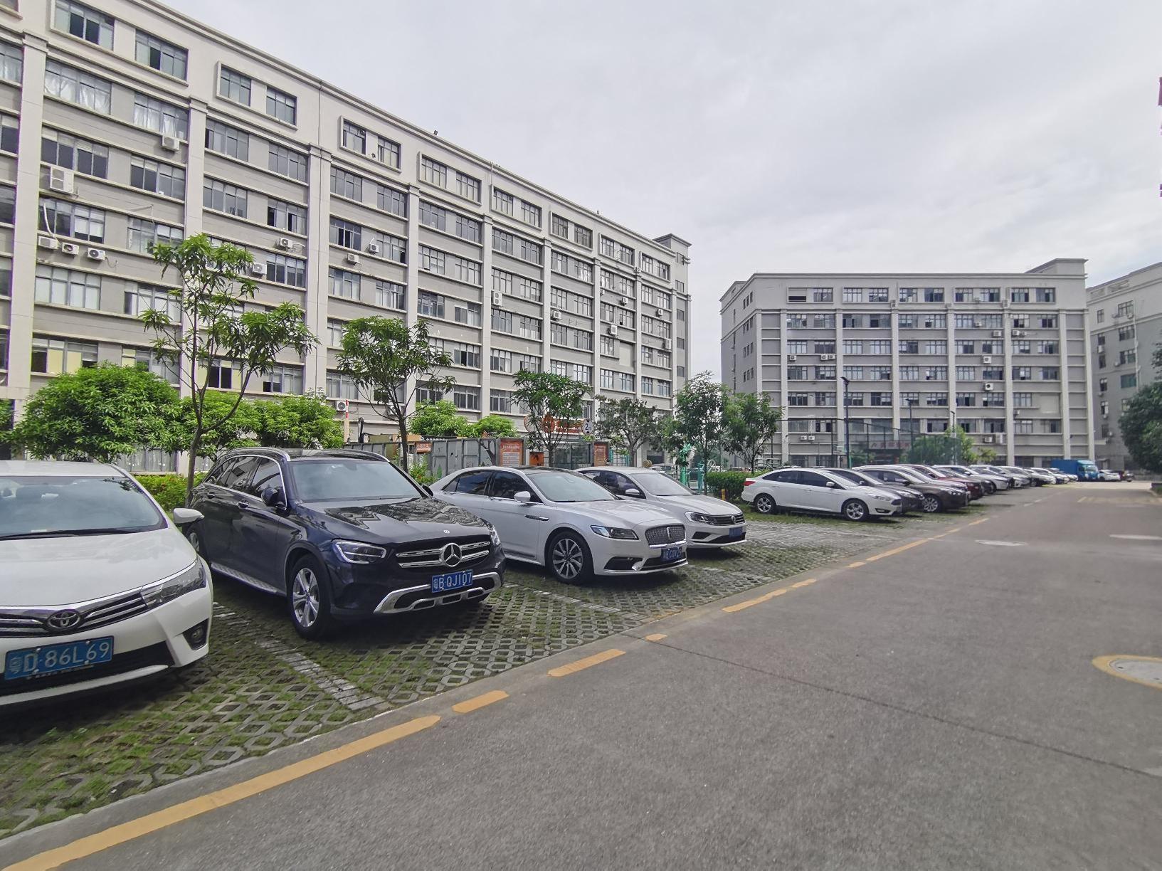龙岗产业园新出1000平至5000平一二楼厂房仓库出租可分租