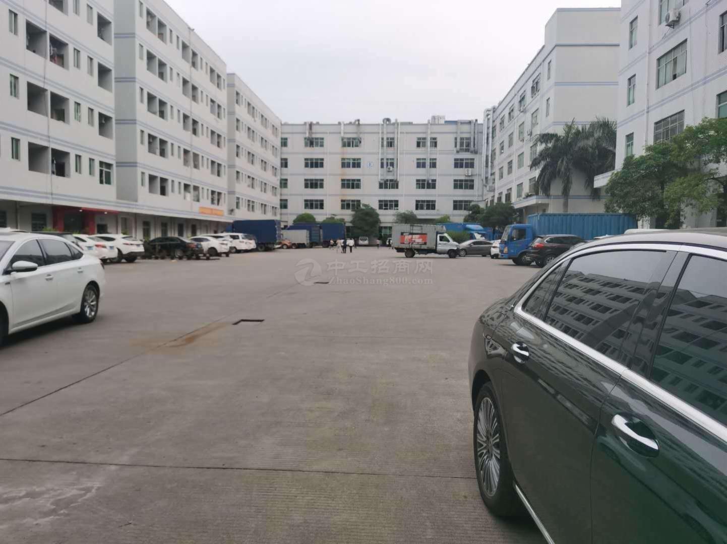 松岗中学附近20元起厂房出租2万平工业区100平起租一楼仓库