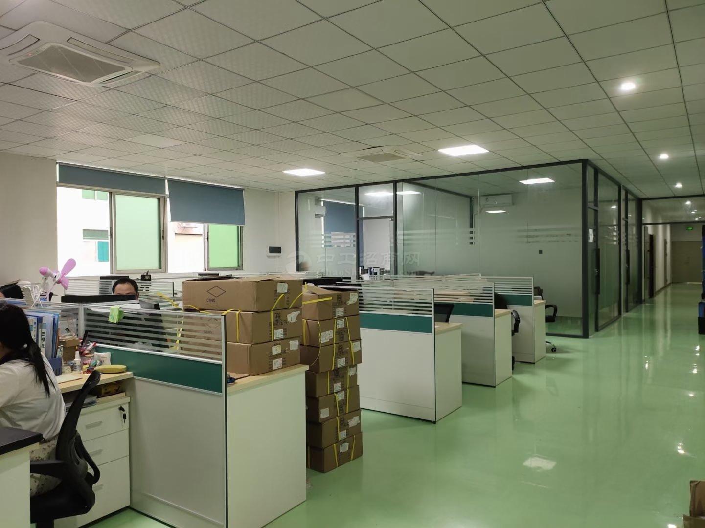 福永500平精装修厂房出租水电到位格局方正仓库分租靠地铁口