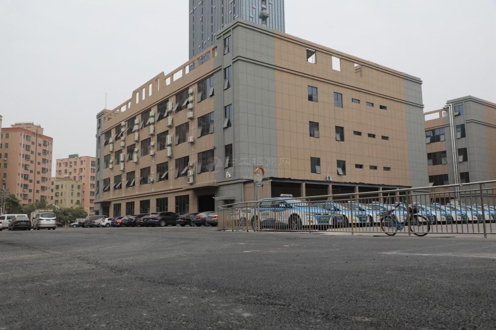 坂田地铁口电商厂房办公仓库200~500平带装修出租可分租!