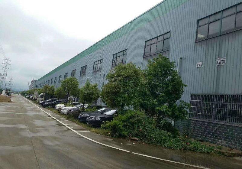 钢结构厂房仓库出租冰点价个人直租面积可分割12米层高
