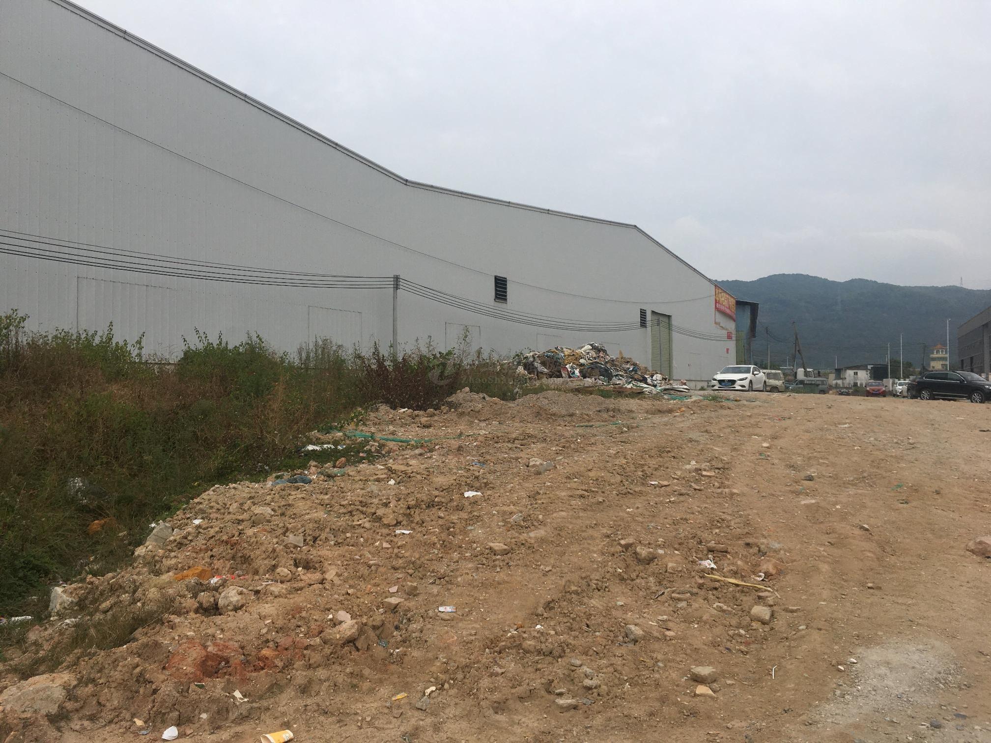 出租西乡鹤洲工业园8千平原房东钢构仓库厂房可分租空地大