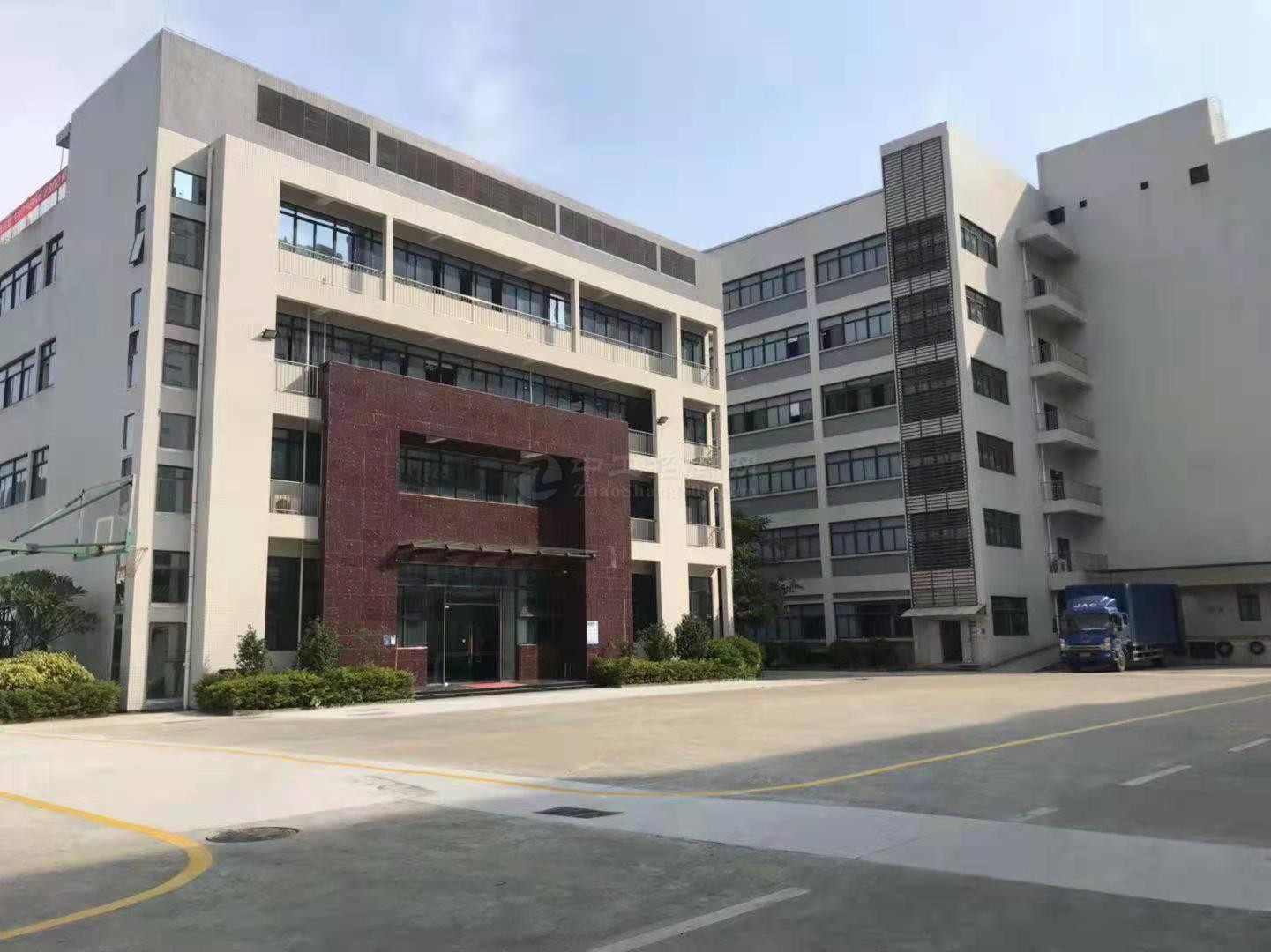 西乡固戍工业区原房东带卸货平台一楼出租800平可分租仓库厂房