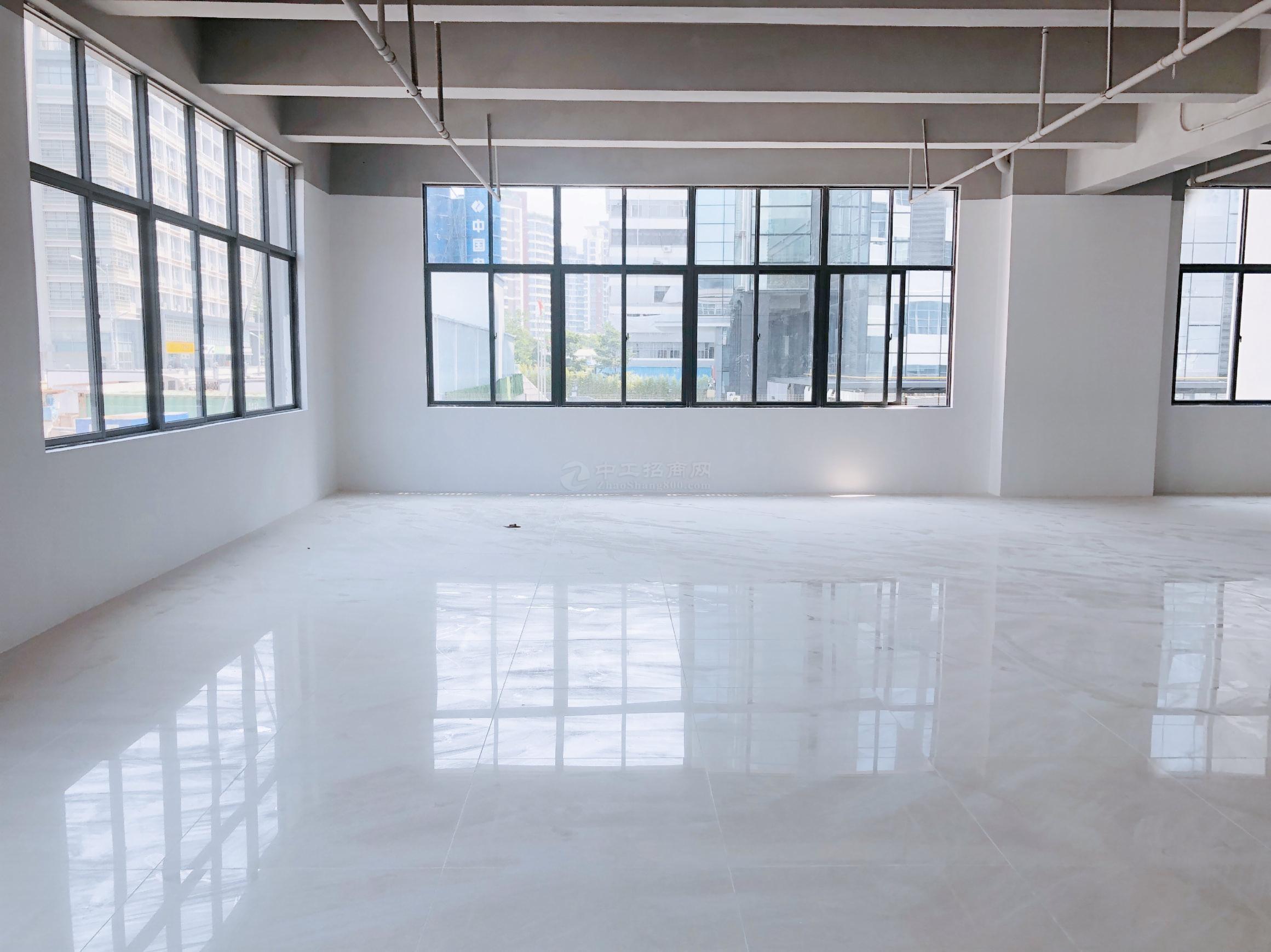 南油服装市场附近1800平米厂房办公室仓库出租可分租