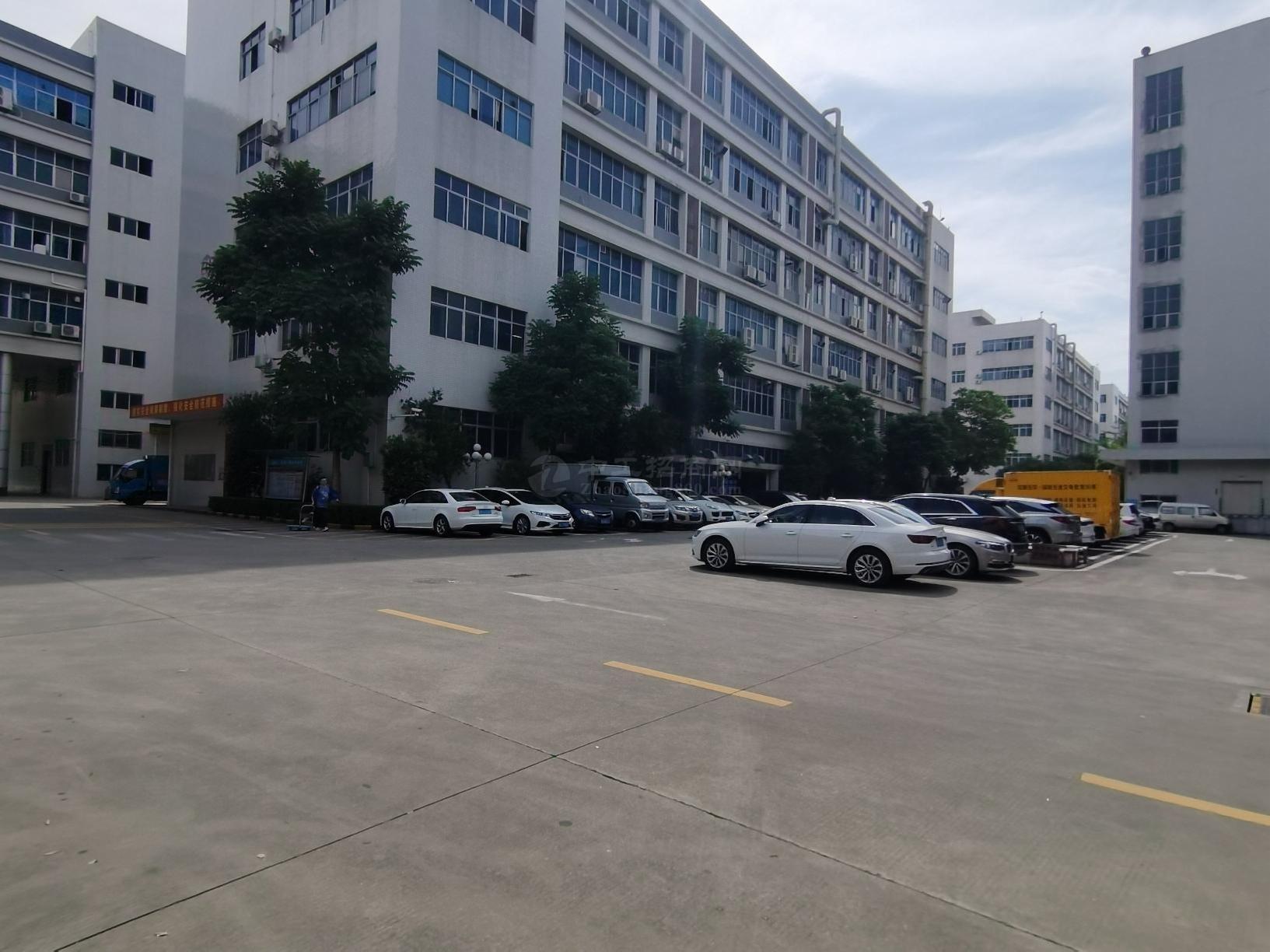 石岩大型工业园9300平原房红本独栋厂房仓库招租大小分租