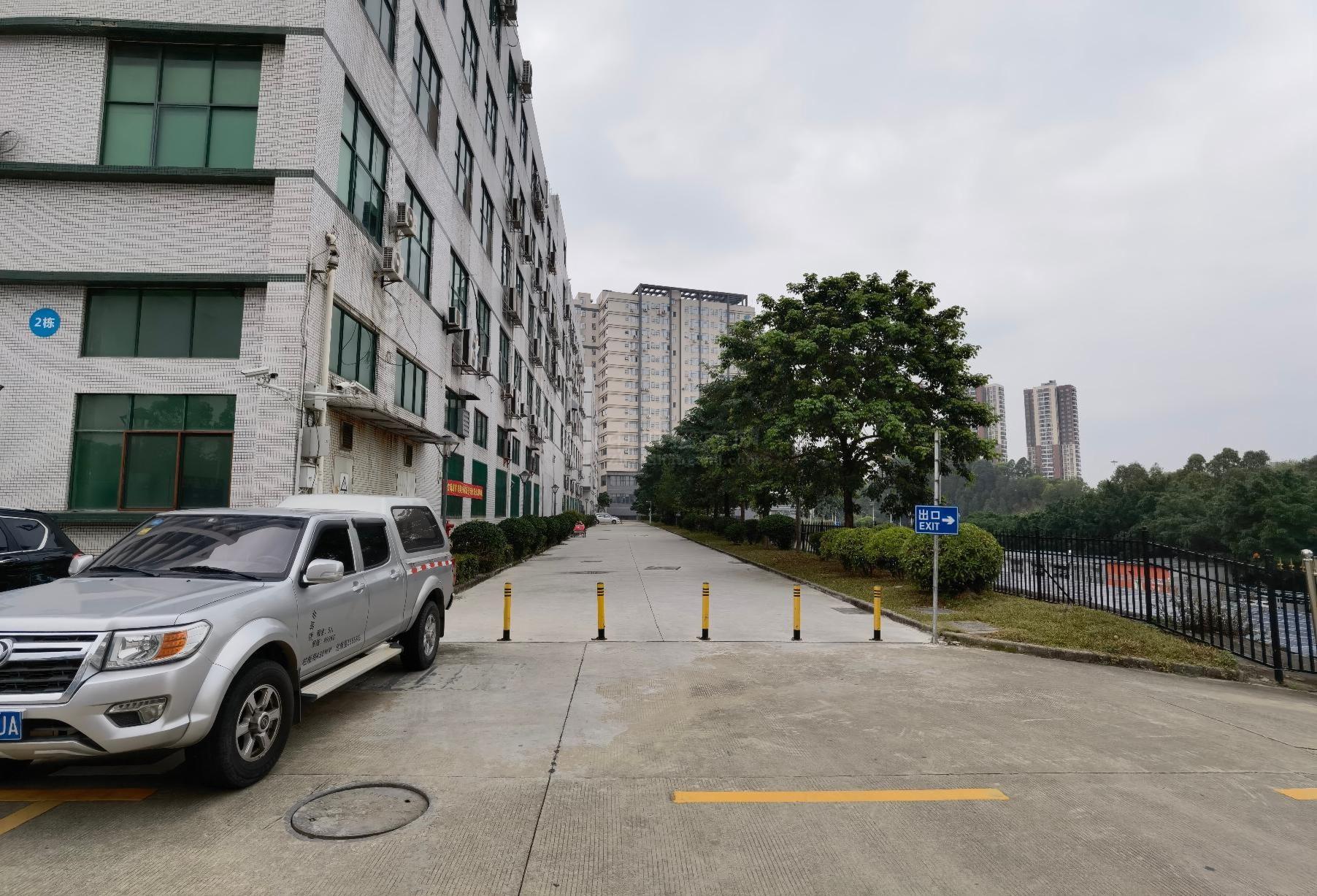 福永华丰工业区原房东独院一二楼3500平厂房仓库出租可分