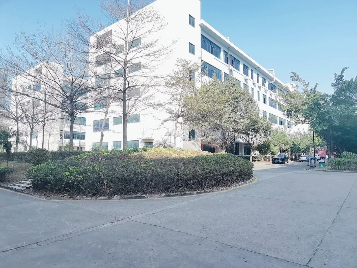 坂田高薪产业园厂房仓库办公5000平一楼层高6米!原房东出租