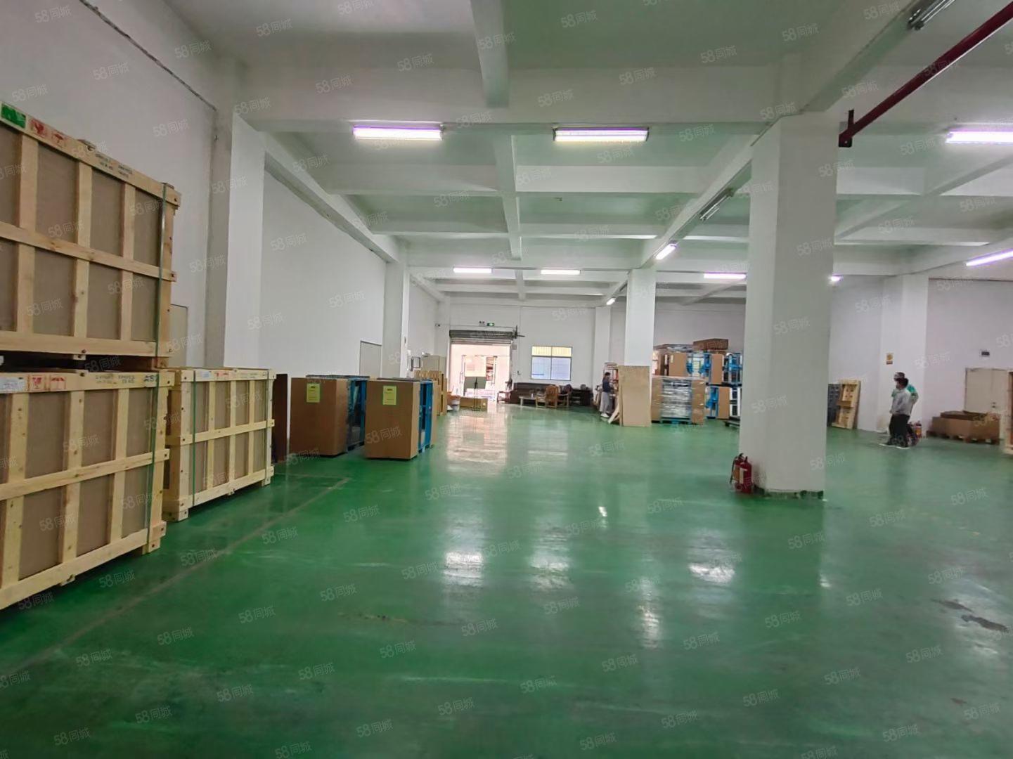 (出租)西乡固戍航城大道边新出一楼1000平重工业厂房仓库