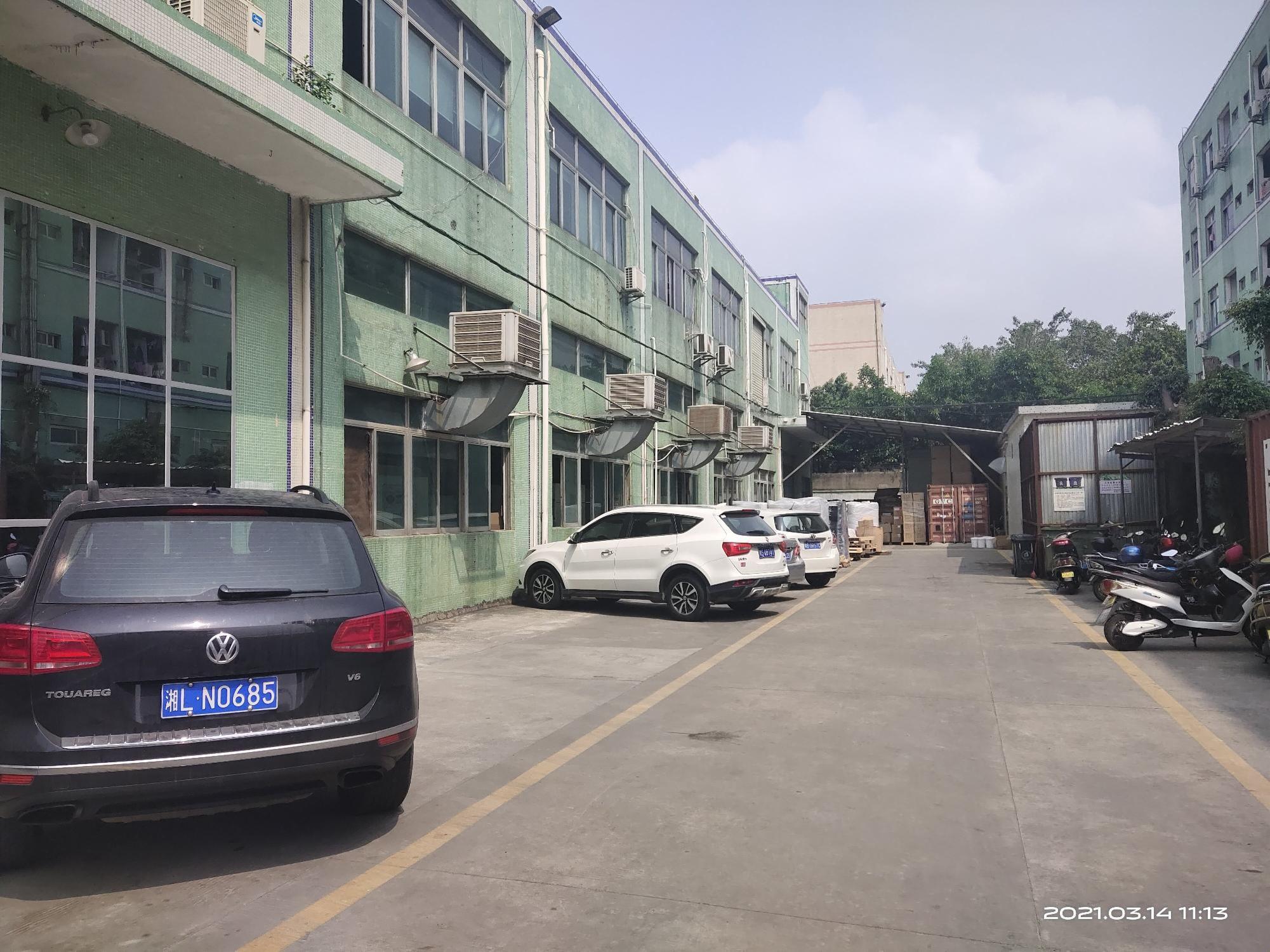 松岗大地工业城独院一楼2百5百8百1千平红本仓库厂房出租分租