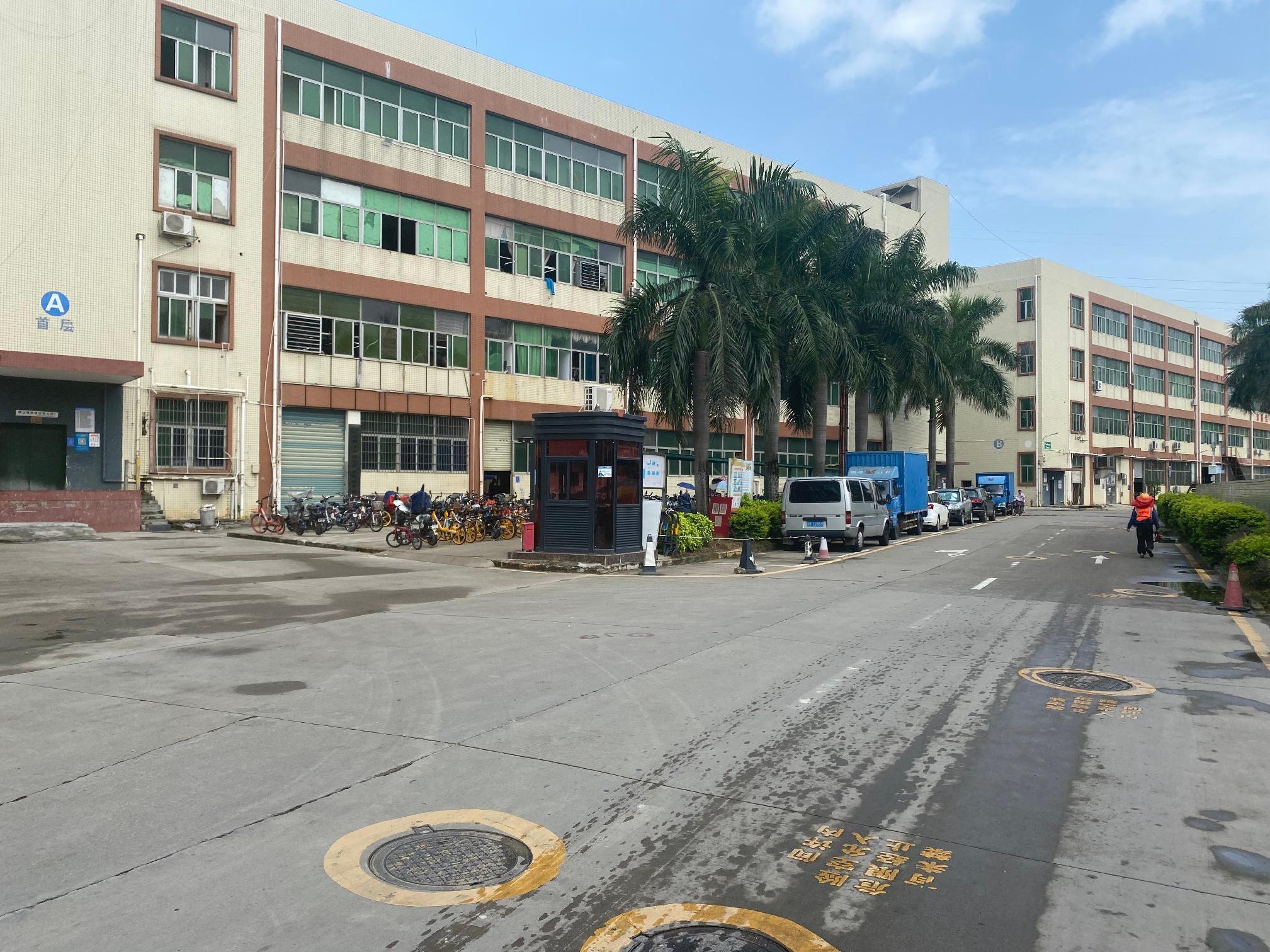 宝安石岩工业园2万平厂房出租500平起分租带红本有一楼仓库