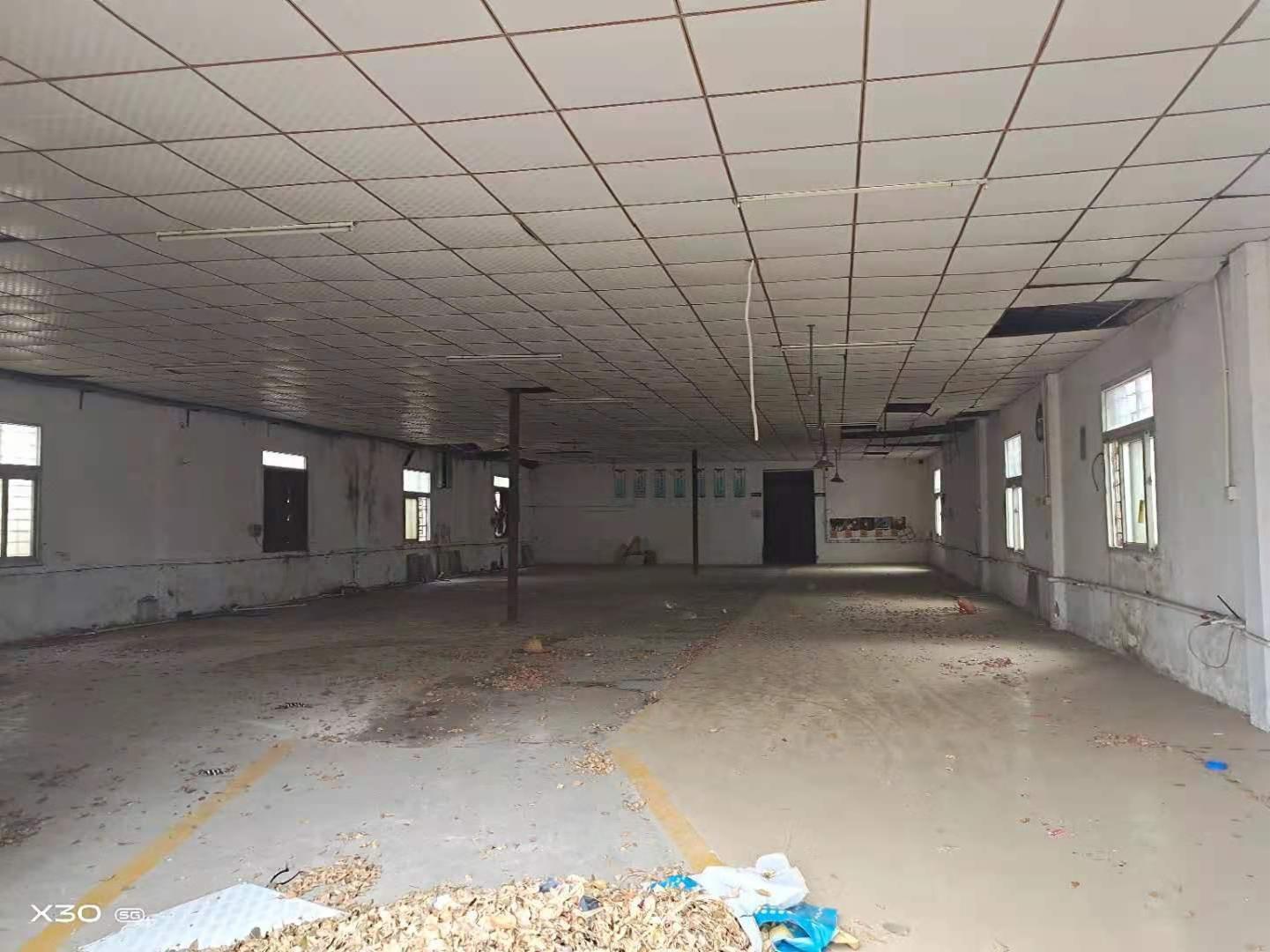 西乡固戍精装修厂房仓库500平600平700至5000平