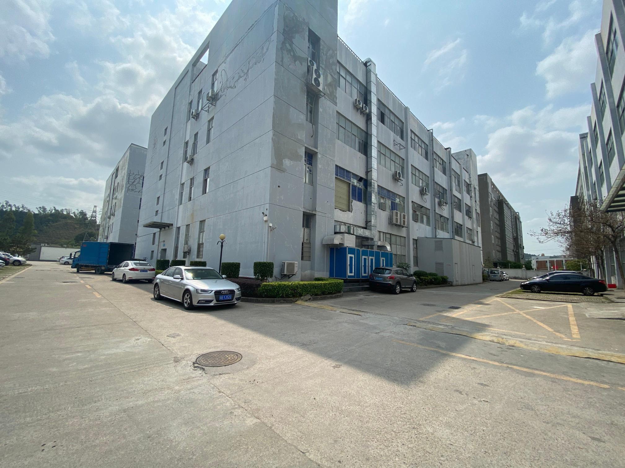 500平起租独栋6000平红本厂房仓库出租,光明上村工业区。
