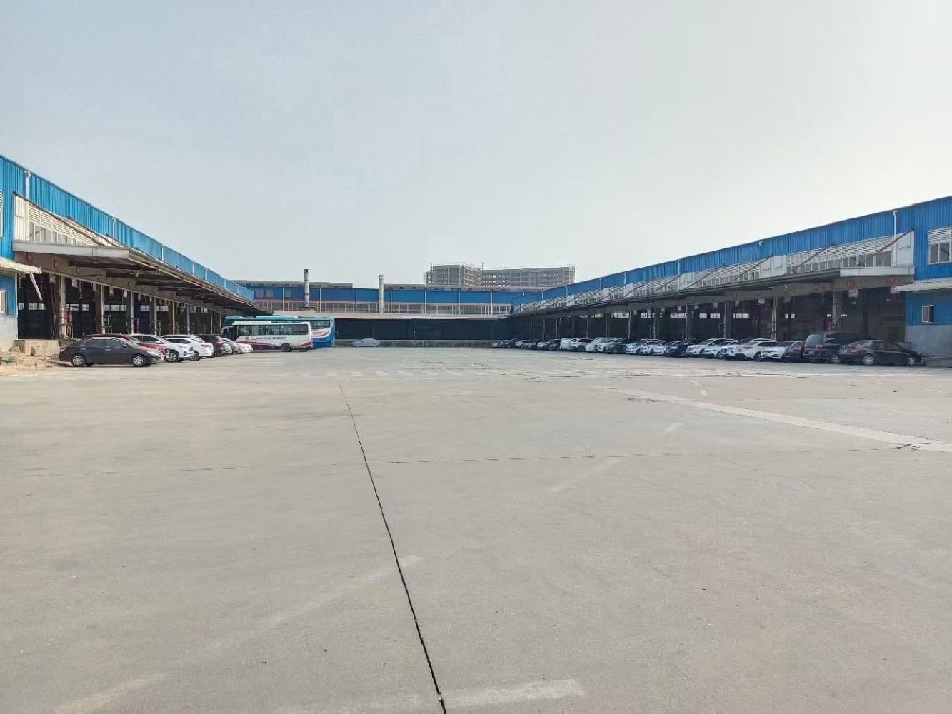福永机场附近物流仓库面积33000平方米,带卸货平台!实图!
