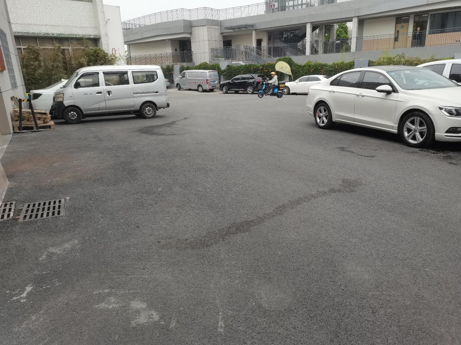 南山西丽大堪一楼730平30元办公室仓库厂房层高10米出租