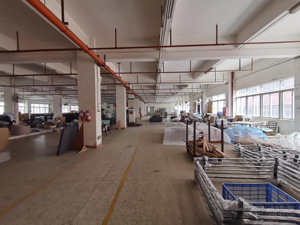 坂田上雪工业区原房东30000平厂房仓库出租500平起分