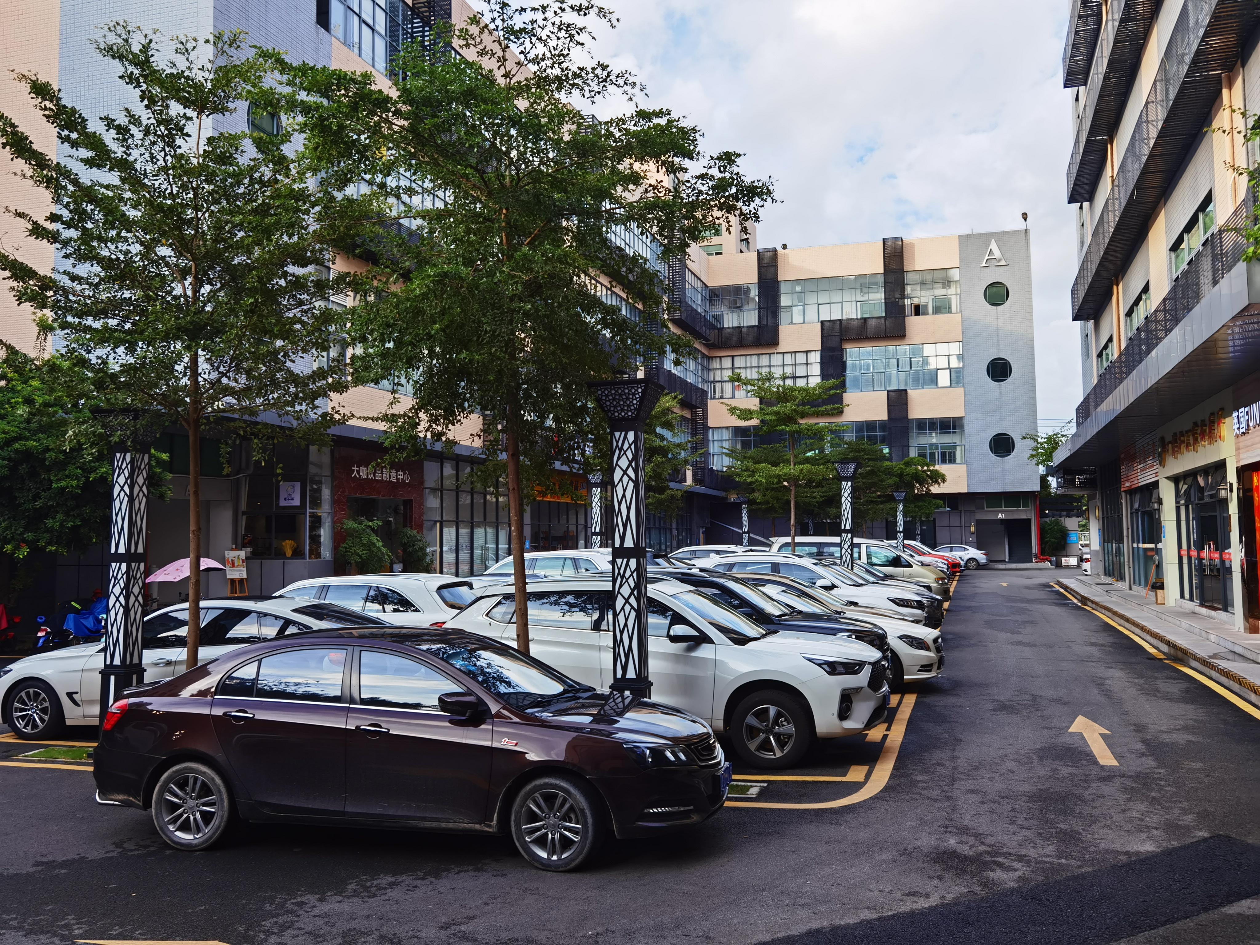 龙东原房东工业园单层面积2000平厂房出租仓库分租带装修