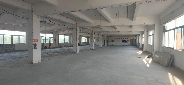 无公摊龙岗电商办公仓库厂房出租,一楼1638平