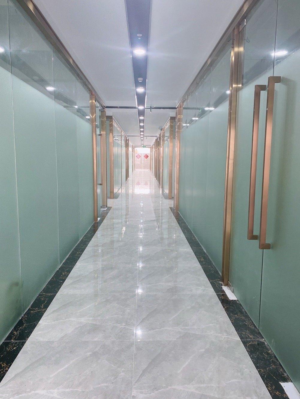 公司物业出租蛇口网谷旁42平米办公室仓库出租全包3千一月